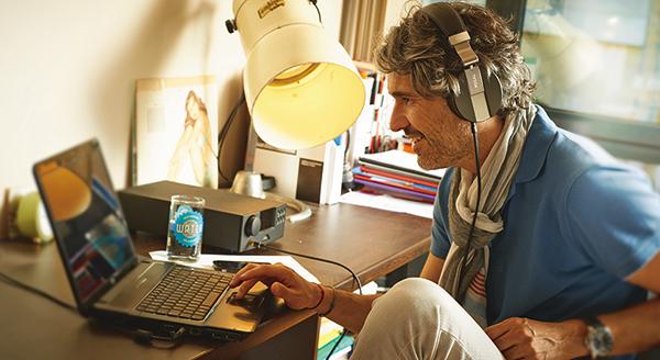 shop glasses online  online